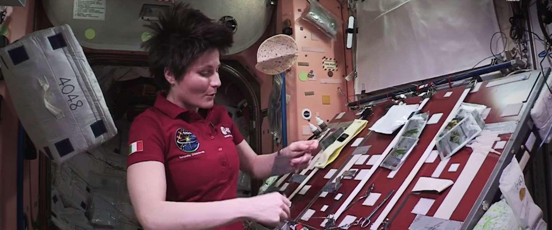 Video: koken in de ruimte doe je zo!