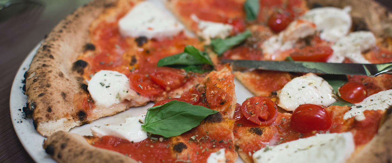 Pizza bestellen bij Domino's nu ook via SMS