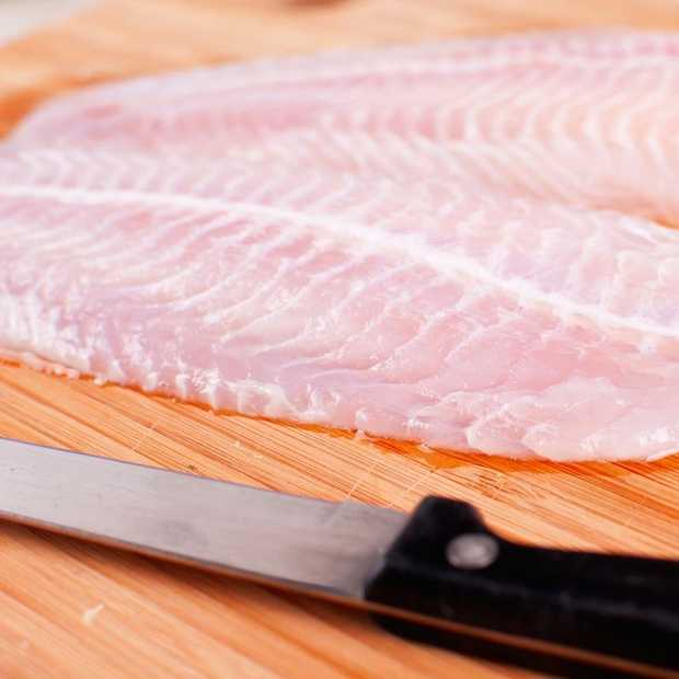 Eten van kweekvis groot gevaar voor onze gezondheid