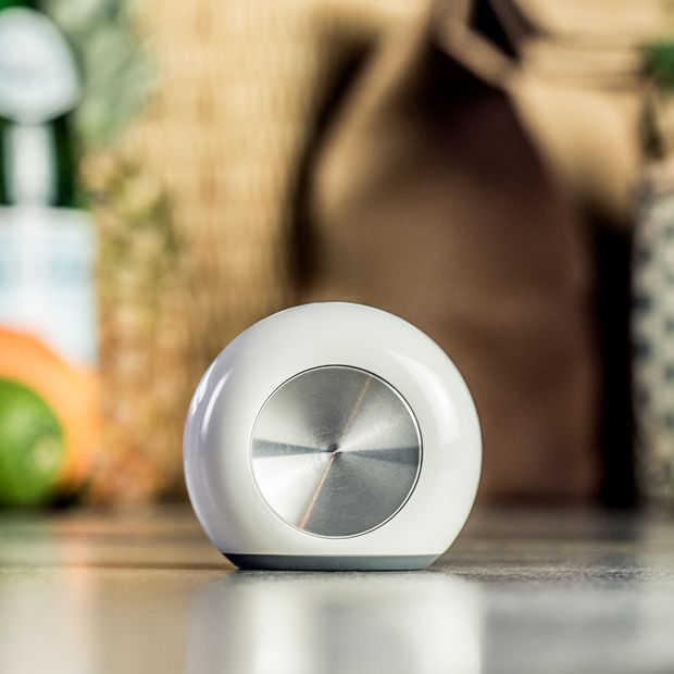 Albert Heijn gaat nieuwe slimme koelkastmagneet Hiku testen
