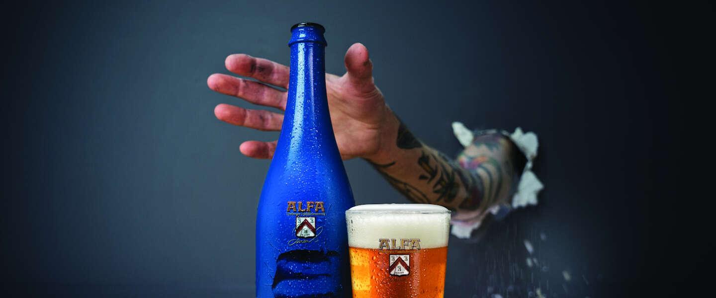 Bierbrouwerij Alfa heeft Krachtig Dort 75cl aan assortiment toegevoegd