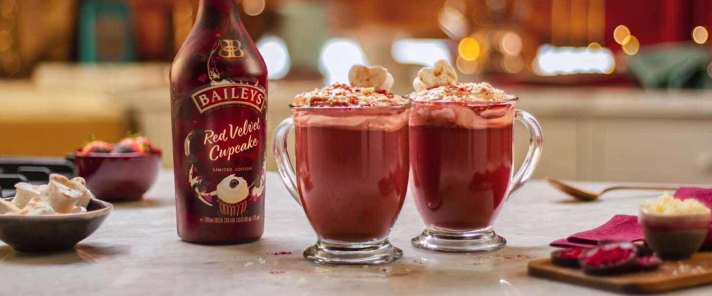 Baileys lanceert nieuwe smaak met oog op de herfst: Red Velvet Cupcake