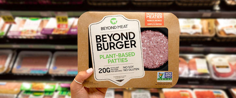 De plantaardige burger en worst van Beyond Meat zijn de real deal