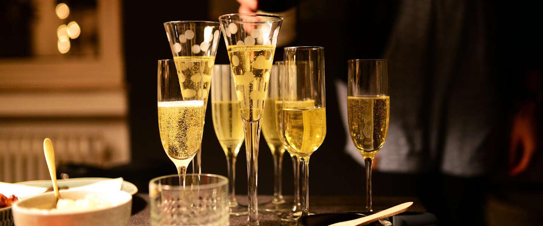 Overschot aan champagne zorgt ervoor dat de prijzen stijgen
