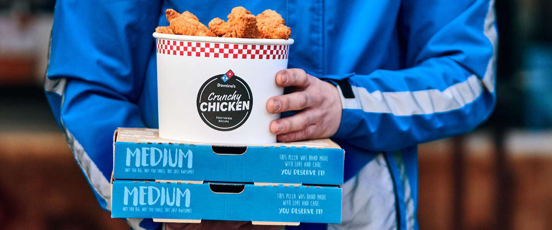 Domino's breidt menu uit met emmers vol Crunchy Chicken