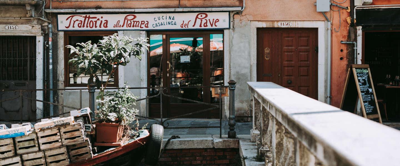 Italiaanse horeca in opstand: 70.000 restaurants vanavond weer open