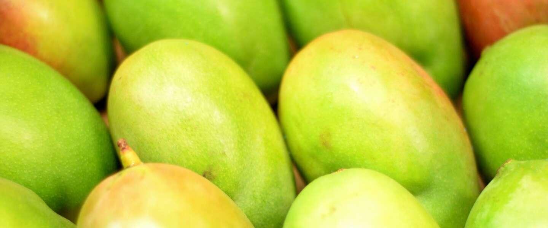 Drie makkelijke manieren om een mango te snijden zonder te klooien met de pit