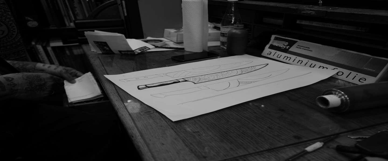 Tattoo-koning Henk Schiffmacher ontwerpt mes voor Diamant Sabatier