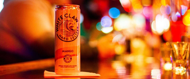 White Claw krijgt met nieuwe smaak Mango in Nederland voet aan de grond
