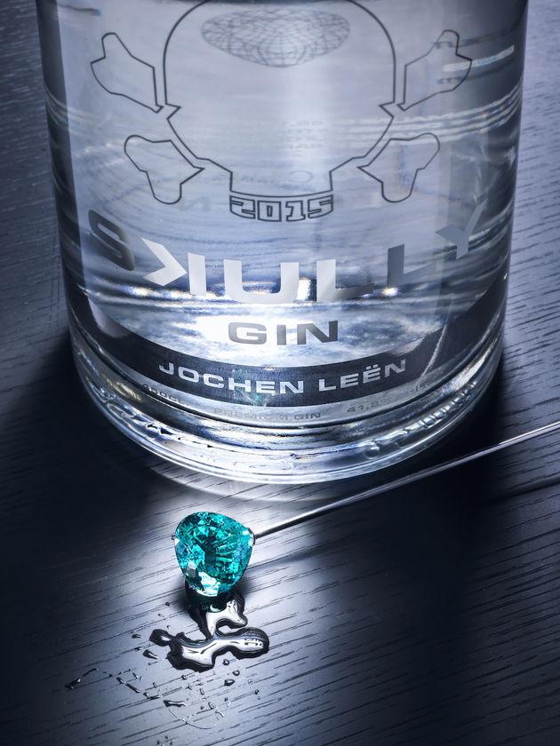 Jochen Leën x Skully Gin 2.