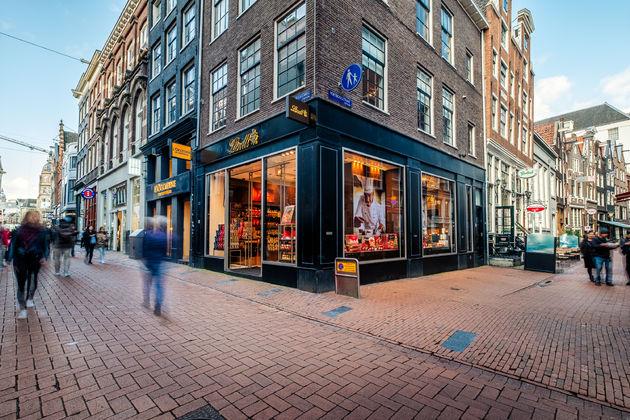 lindt-boutique-amsterdam-1