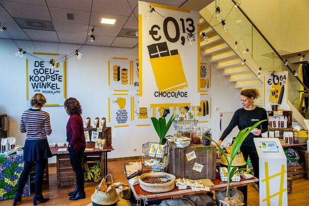 Opening goedkoopste winkel van Nederland voor 1 dag3