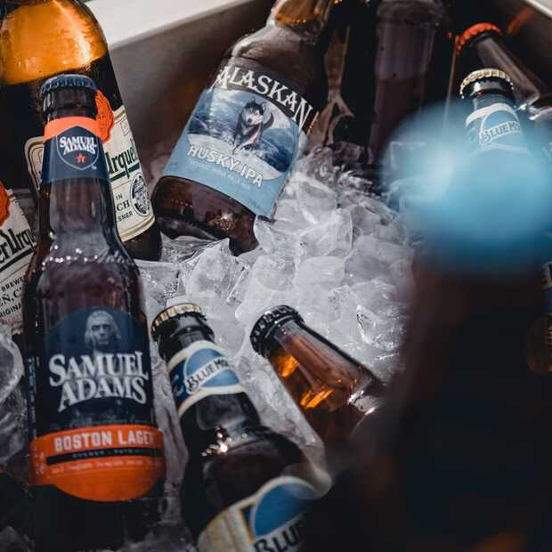 Zes manieren om je bier zo snel mogelijk te koelen