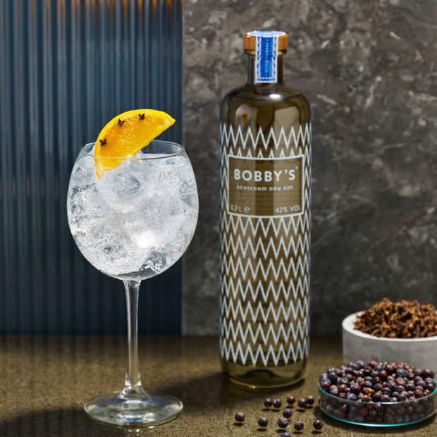 Bobby's Schiedam Dry Gin is een smaakvolle, kruidige gin