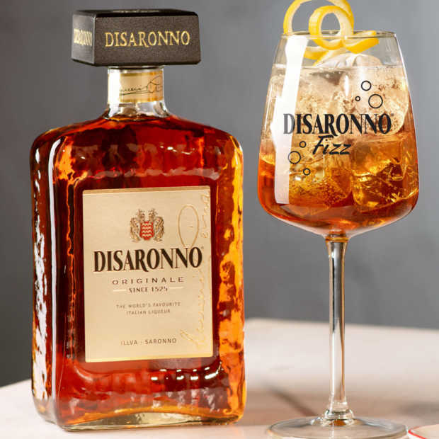 Internationale Disaronno Day: zo maak je zelf een Disaronno Fizz cocktail