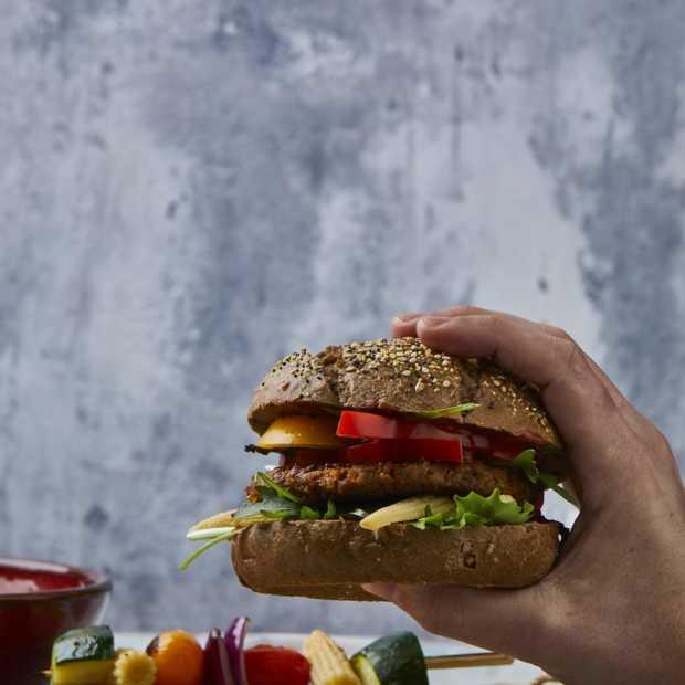 FiftyFifty: half vlees en half groente, te koop bij Albert Heijn