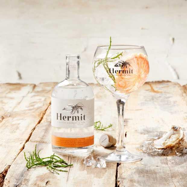 Hermit Gin is een heerlijke zachte gin met een vleugje Oosterschelde
