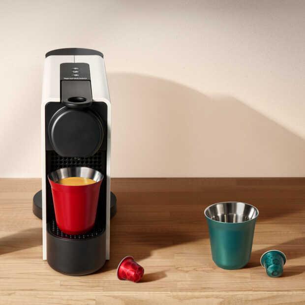 De Nespresso Essenza Plus is makkelijk in gebruik en zet heerlijke koffie