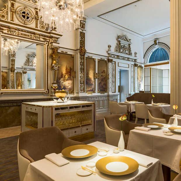 The White Room viert 135ste verjaardag met diner vol gerechten van eerste menukaarten