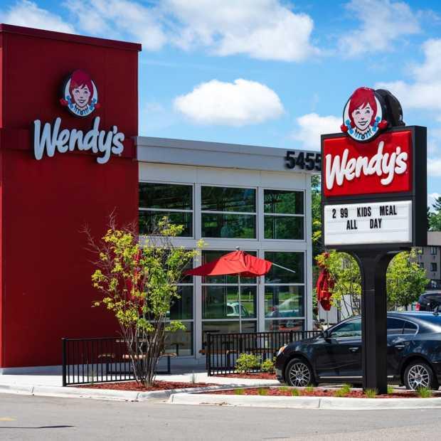 Amerikaanse fastfoodketen haalt hamburgers van menu door vleestekort