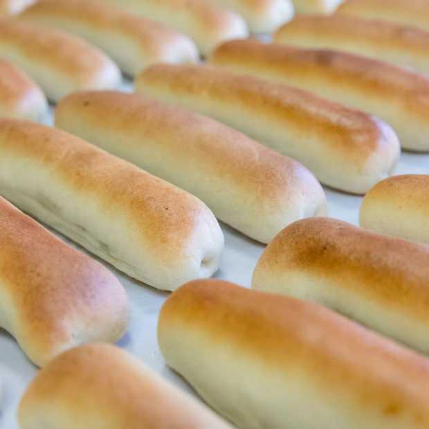 Doe-het-zelf worstenbroodjes voor thuis van Brabantsche Worstenbroodjes