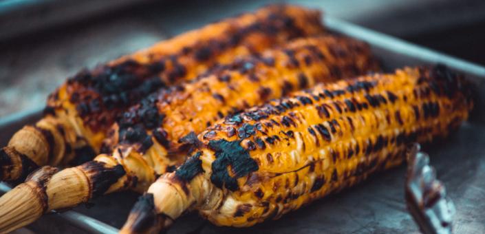 10 groenten die deze zomer perfect zijn om te grillen op de barbecue